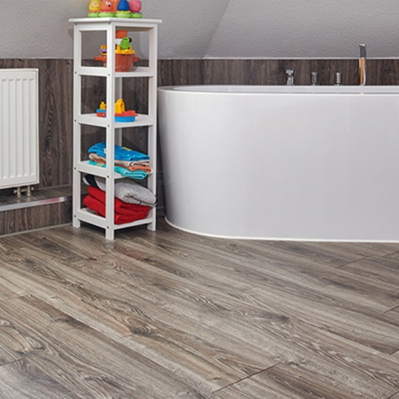 Egger Laminate Flooring Bathroom - Lee Chapel Floors